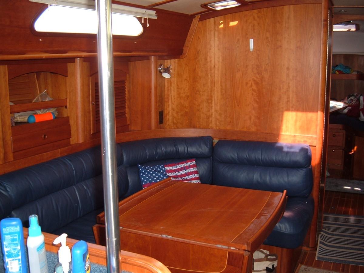 1999 SABRE YACHTS Sabre 452 Cruising Sailboat 1331961