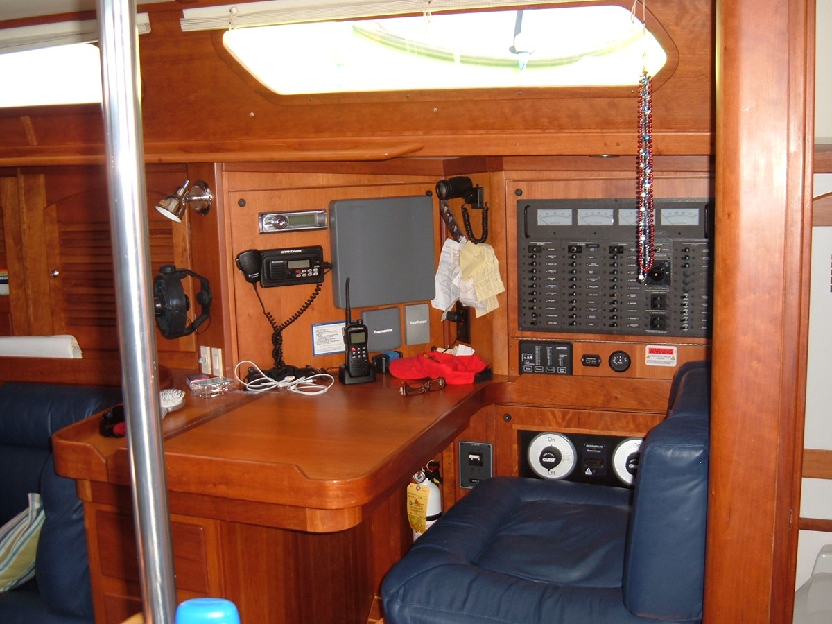 1999 SABRE YACHTS Sabre 452 Cruising Sailboat 1331968