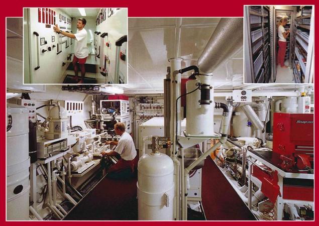 Full-width Engine room 1999 VITTERS  Sloop 1342134
