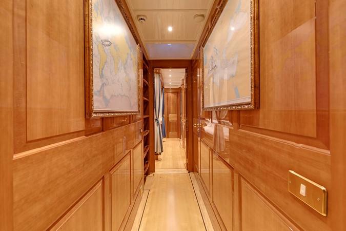 Staterooms Corridor 1999 VITTERS  Sloop 1440577
