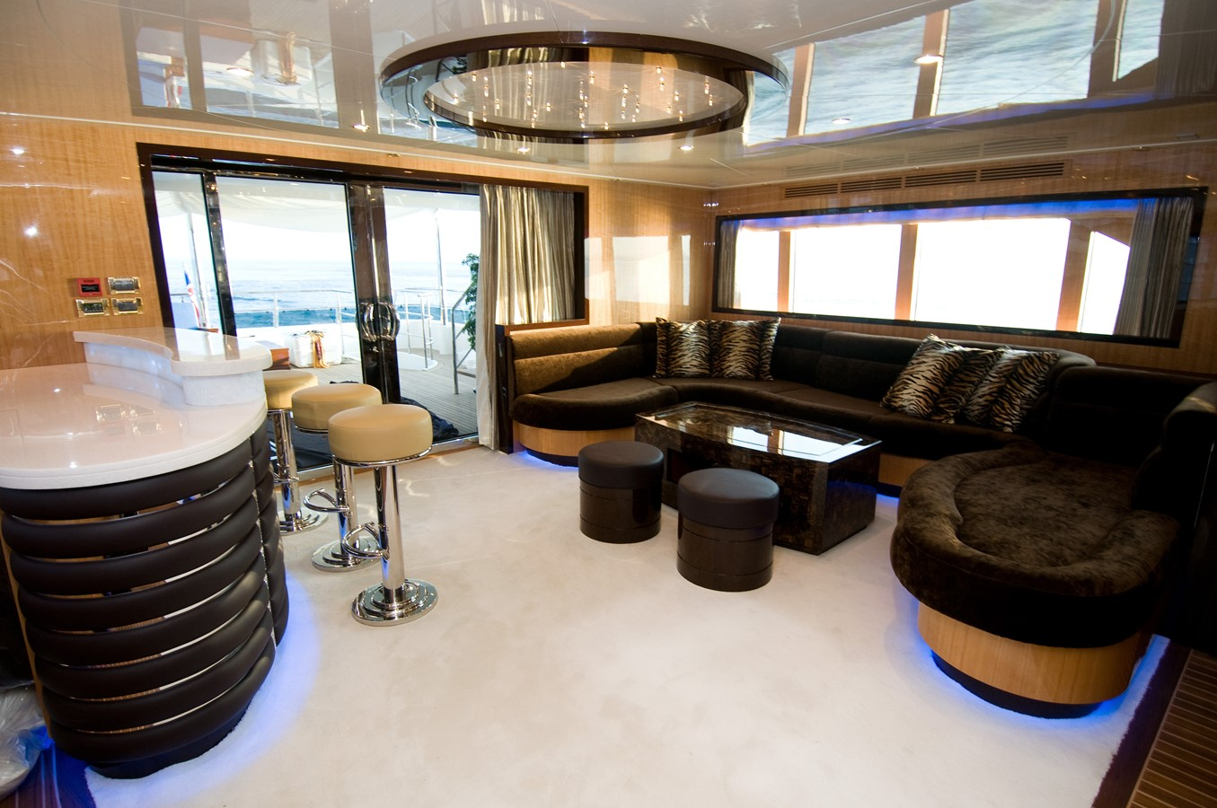 2009 JADE YACHTS  Expedition Yacht 1352650