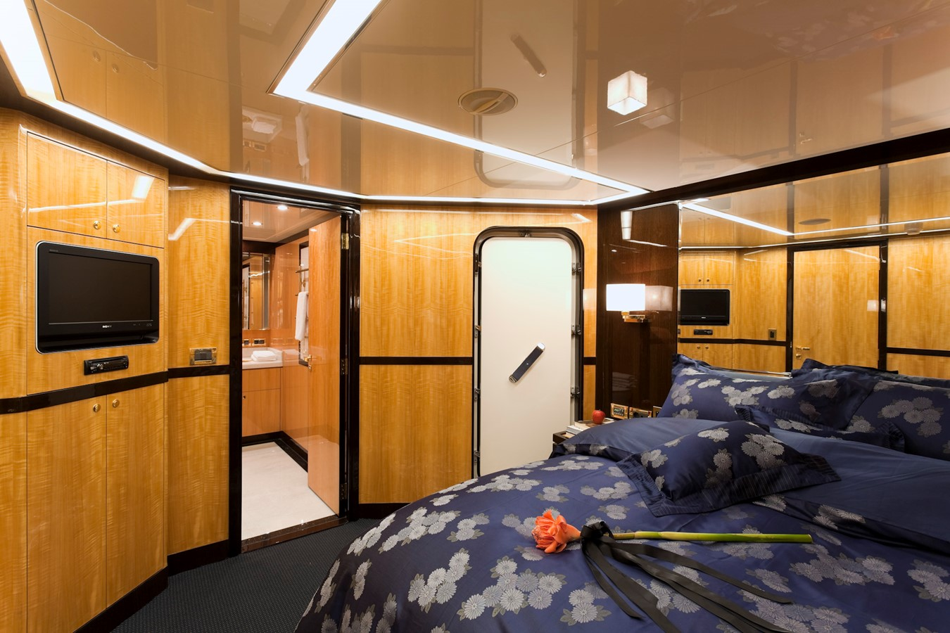 2009 JADE YACHTS  Expedition Yacht 1352654