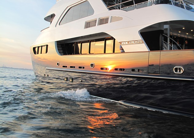 2009 JADE YACHTS  Expedition Yacht 1352661