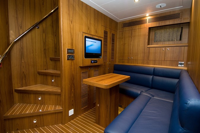 2009 JADE YACHTS  Expedition Yacht 2384253
