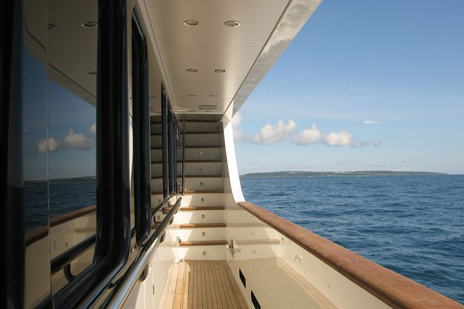 2009 JADE YACHTS  Expedition Yacht 2394352