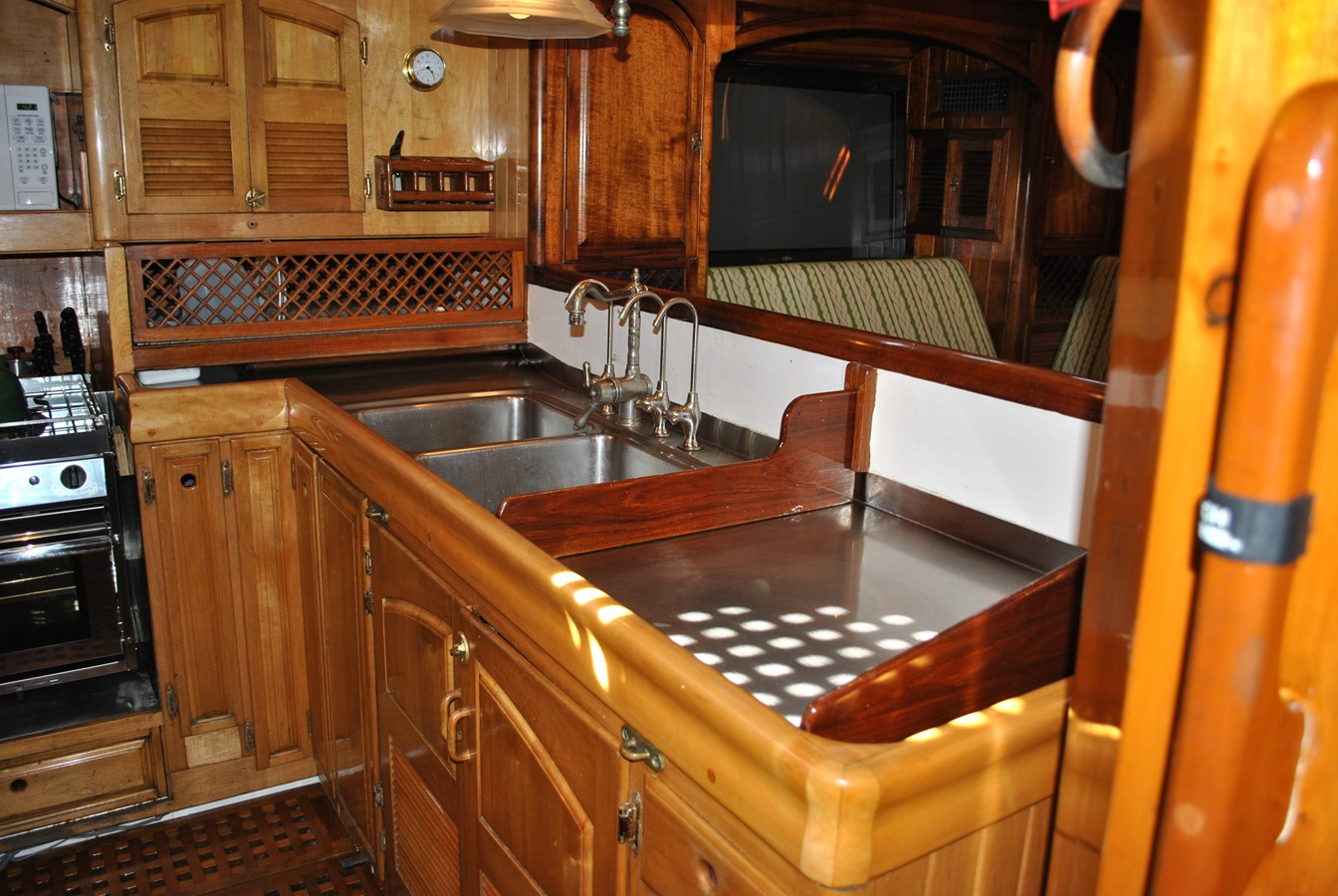 Galley Sinks 1991 COVEY ISLAND BOAT WORKS  Cruising Sailboat 1522886