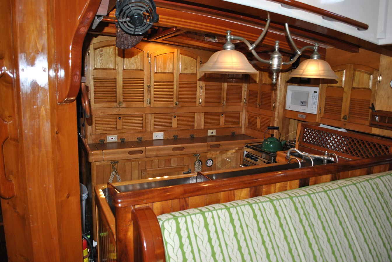 Efficient Galley 1991 COVEY ISLAND BOAT WORKS  Cruising Sailboat 1522887