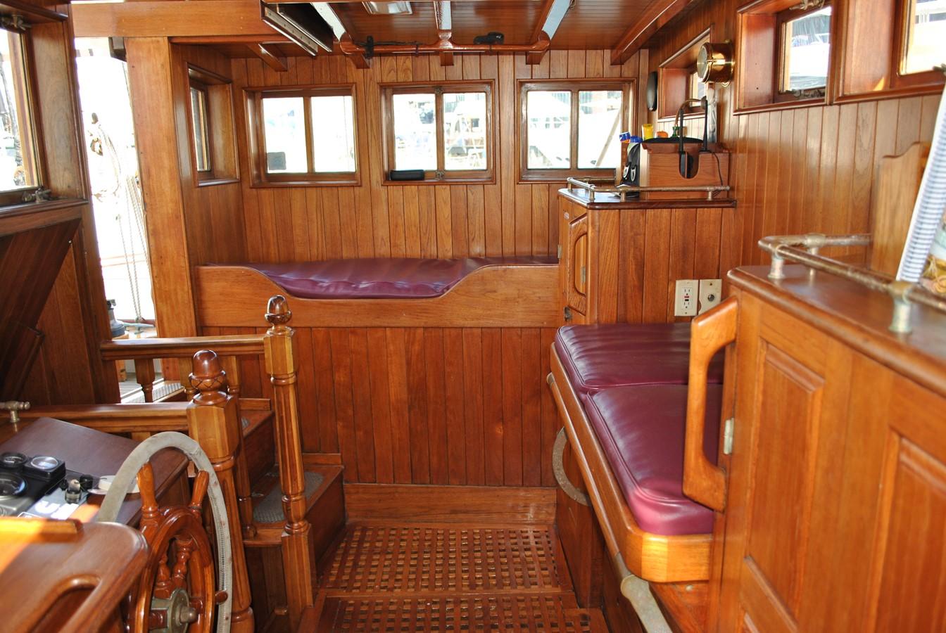Watch Berths 1991 COVEY ISLAND BOAT WORKS  Cruising Sailboat 1522912