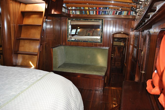 Owner's Full Suite 1991 COVEY ISLAND BOAT WORKS  Cruising Sailboat 1522903