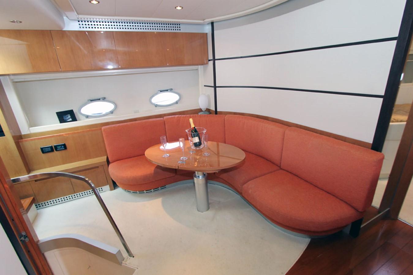 2005 PERSHING 62 Cruiser 1362481