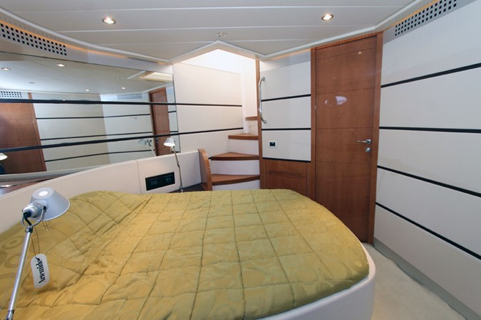 2005 PERSHING 62 Cruiser 1362491