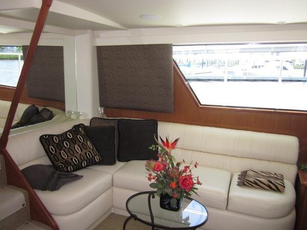 Salon Aft 2000 VIKING  60 Cockpit Sport Yacht  1701041