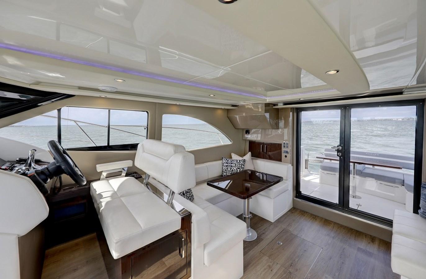 B44A5752_3_4_5_6 2020 CARVER C40 Command Bridge Motor Yacht 2825087
