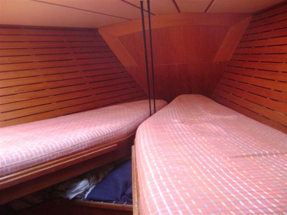 1988 NAUTOR'S SWAN  Cruising Sailboat 1397337