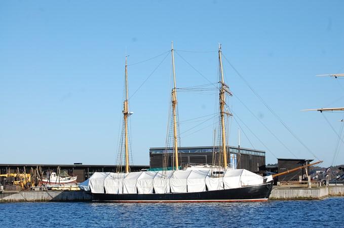 Winter prepared 1942 CUSTOM BUILT Three Masted Topsail Schooner Tallship 1417150