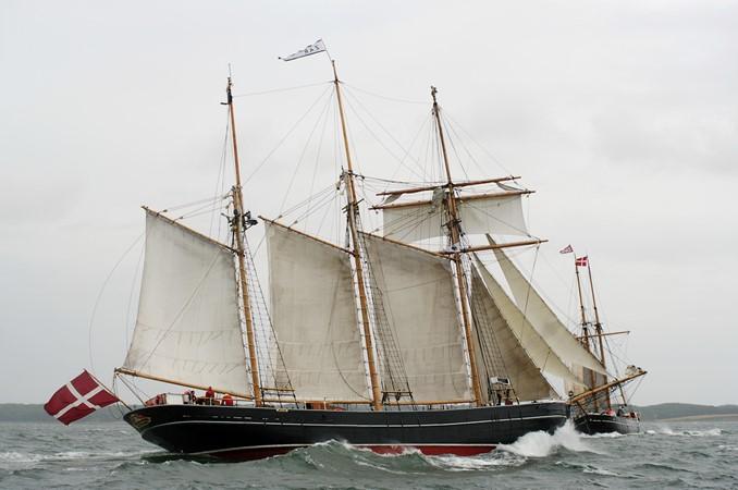 1942 CUSTOM BUILT Three Masted Topsail Schooner Tallship 1522009