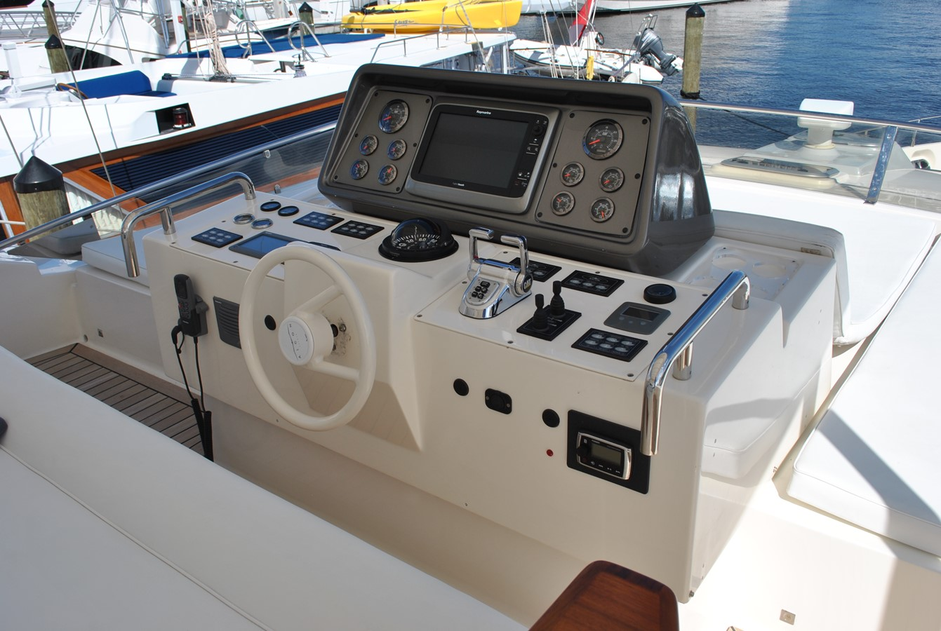 Flybridge Helm 2008 AICON YACHTS  Motor Yacht 1431816