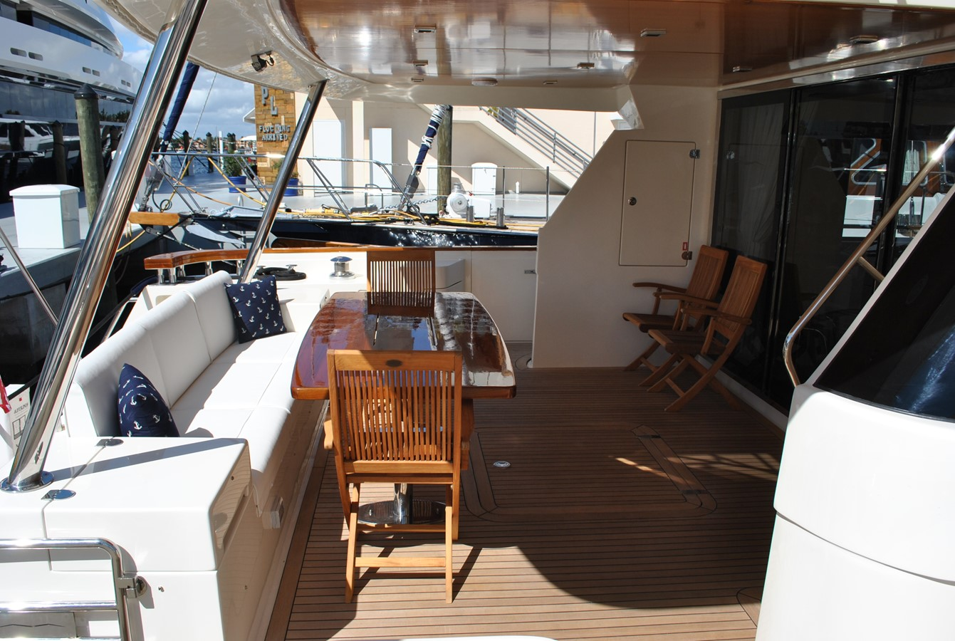 Aft Deck 2008 AICON YACHTS  Motor Yacht 1431821