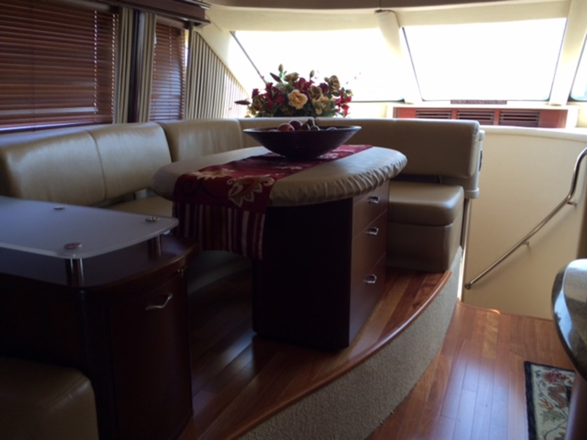 2005 SEA RAY Sedan Bridge Motor Yacht 1443827