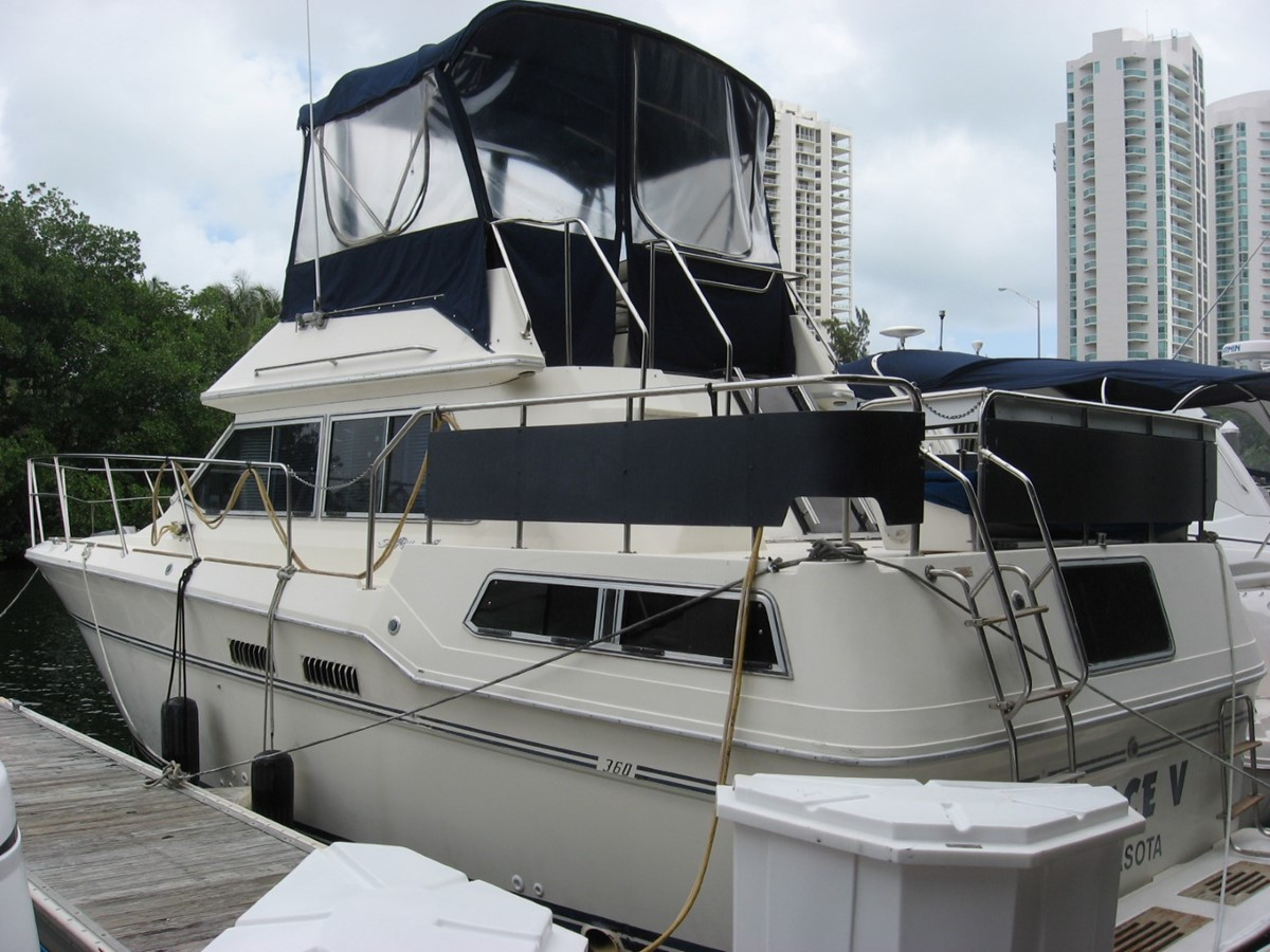1983 SEA RAY 36 Aft Cabin MY Motor Yacht 1448609