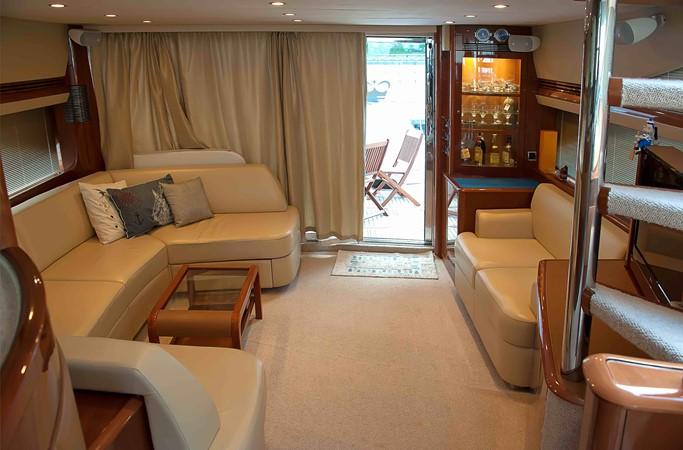 2007 PRINCESS YACHTS 67 Flybridge Motor Yacht 1483639