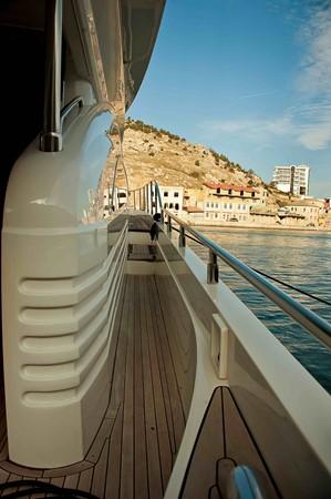 2007 PRINCESS YACHTS 67 Flybridge Motor Yacht 1483645