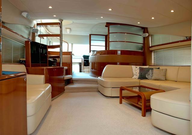 2007 PRINCESS YACHTS 67 Flybridge Motor Yacht 1483650