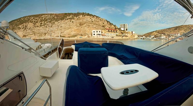 2007 PRINCESS YACHTS 67 Flybridge Motor Yacht 1483654