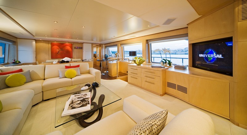 Saloon 2008 BENETTI Tradition 100 Tri-Deck 1882151