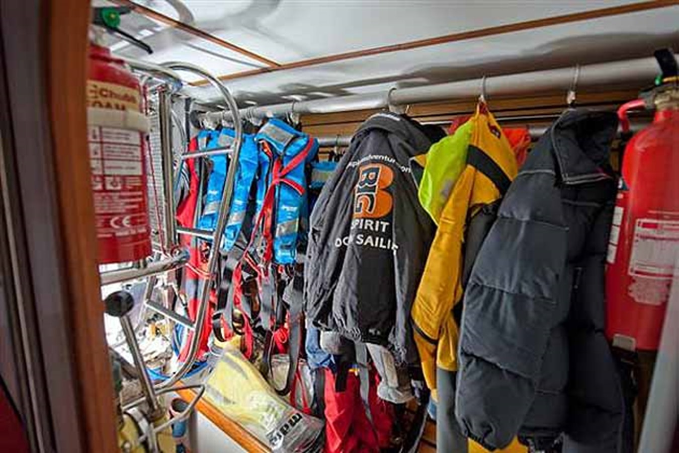 2000 DEVONPORT YACHTS Devonport Challenge 72 Cruising Sailboat 1516096