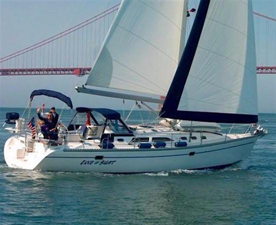 Sailing in the Bay 2002 CATALINA 400 MkII Cruising/Racing Sailboat 1525961