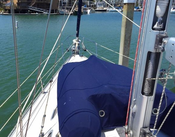 Dinghy On the Fore Deck 2002 CATALINA 400 MkII Cruising/Racing Sailboat 1525977