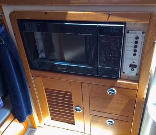 Samsung Microwave 2002 CATALINA 400 MkII Cruising/Racing Sailboat 1526009