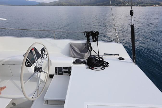 2019 Vismara Marine Service V-50 Pret a Porter Deck Saloon 1542945