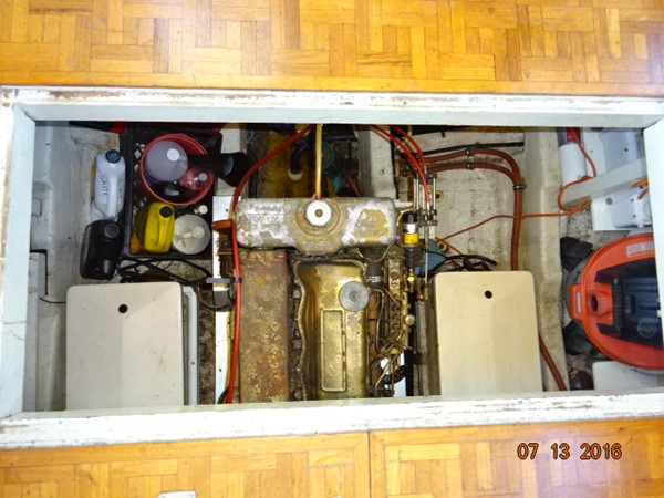 36' Grand Banks engine room access 1978 GRAND BANKS 36 Classic Trawler 1549171