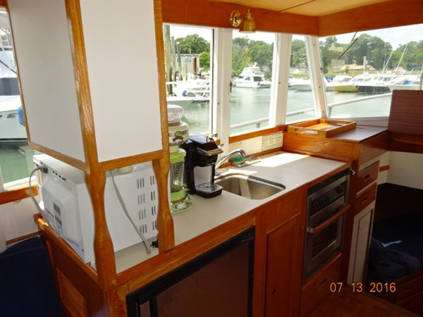 36' Grand Banks galley 1978 GRAND BANKS 36 Classic Trawler 1549178