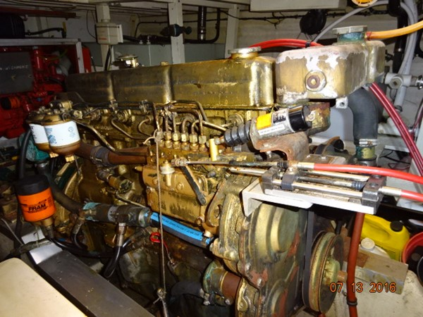 36' Grand Banks main engine photo1 1978 GRAND BANKS 36 Classic Trawler 1549187