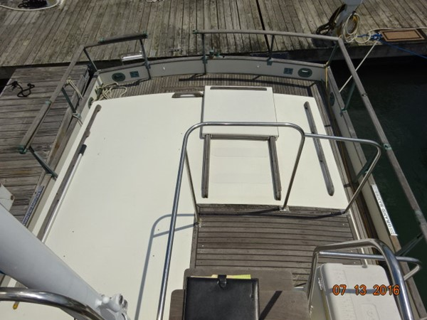 36' Grand Banks trunk cabin aft 1978 GRAND BANKS 36 Classic Trawler 1549209