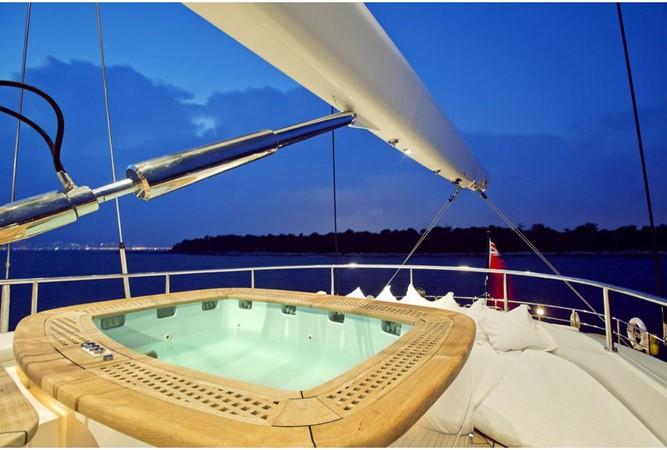 2005 PERINI NAVI  Cruising Sailboat 1557444
