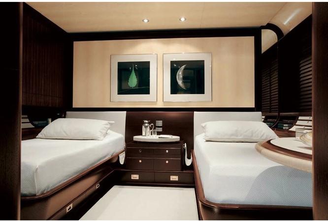 2005 PERINI NAVI  Cruising Sailboat 1557456