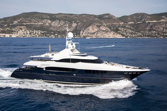 2005 MondoMarine 40 m Semi-Displacement 1890584