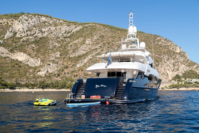2005 MondoMarine 40 m Semi-Displacement 1890585