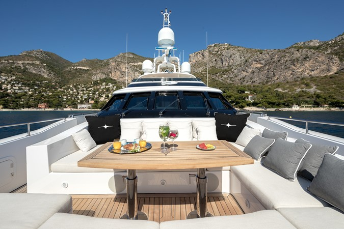 2005 MondoMarine 40 m Semi-Displacement 1890599