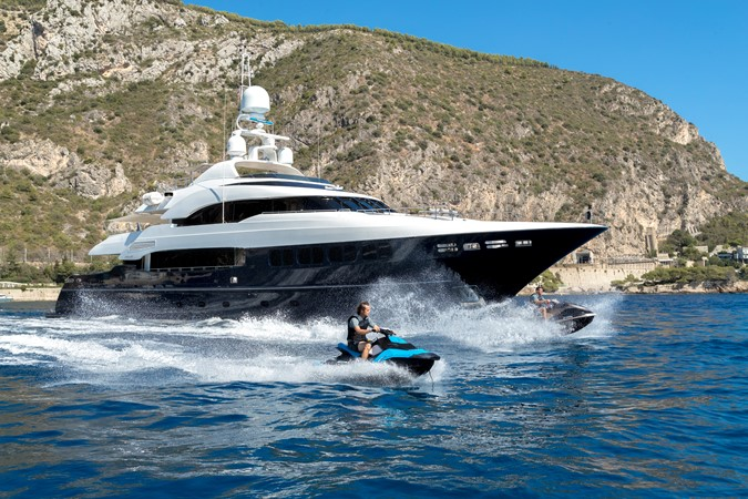 2005 MondoMarine 40 m Semi-Displacement 1890604