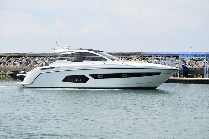 2015 AZIMUT  Motor Yacht 1614232