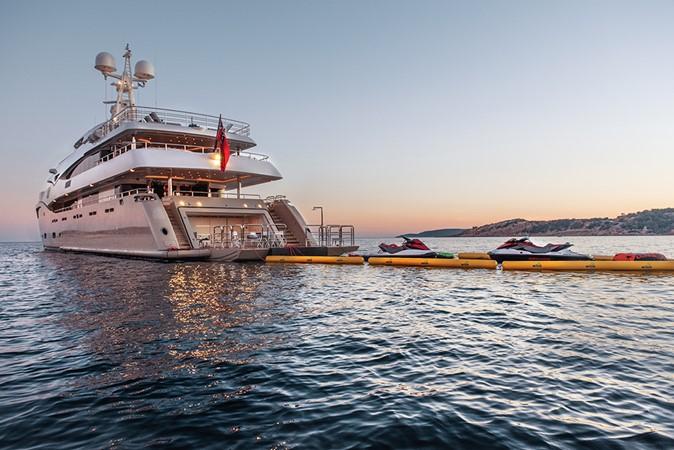 2011 CRN  Mega Yacht 1800791