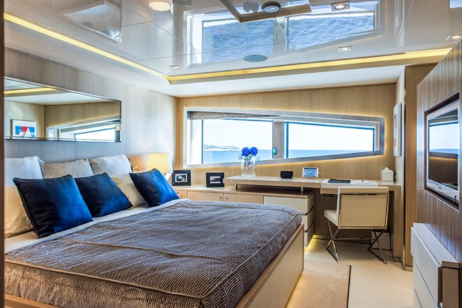 2011 CRN  Mega Yacht 1800805