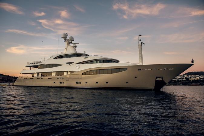 2011 CRN  Mega Yacht 2541361