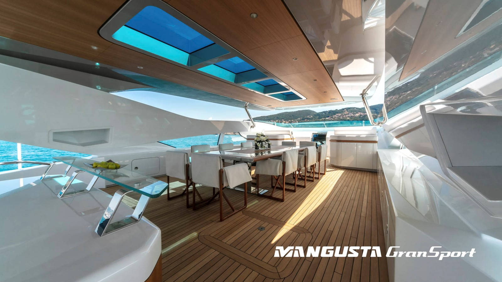 2022 OVERMARINE GROUP  Mega Yacht 2580330