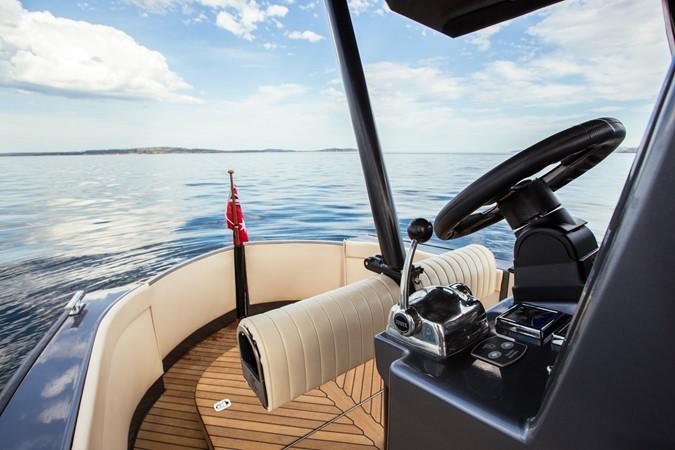 2015 CUSTOM Van Diemen luxury craft Tender 1644928
